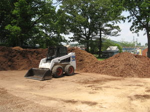 Topsoil, Mulch, Compost and Sand by the scoop